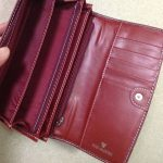 財布買い換えました。もうこのタイプの長財布から離れられない…