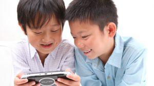 小学生を持つ親の、テレビやゲームとのつきあいかた。